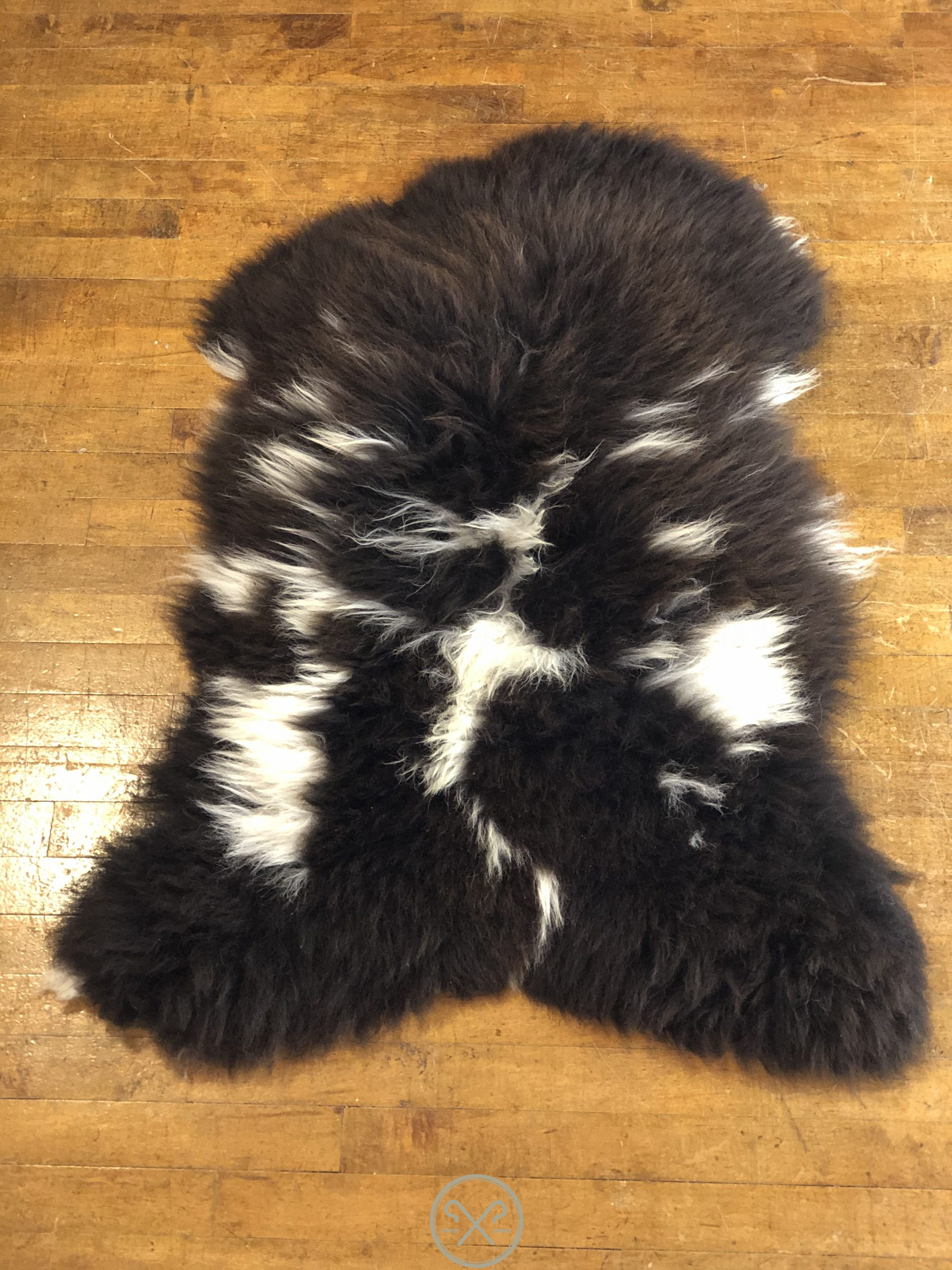 Natural-Brown-Black-And-White-Sheepskin-Rug-1