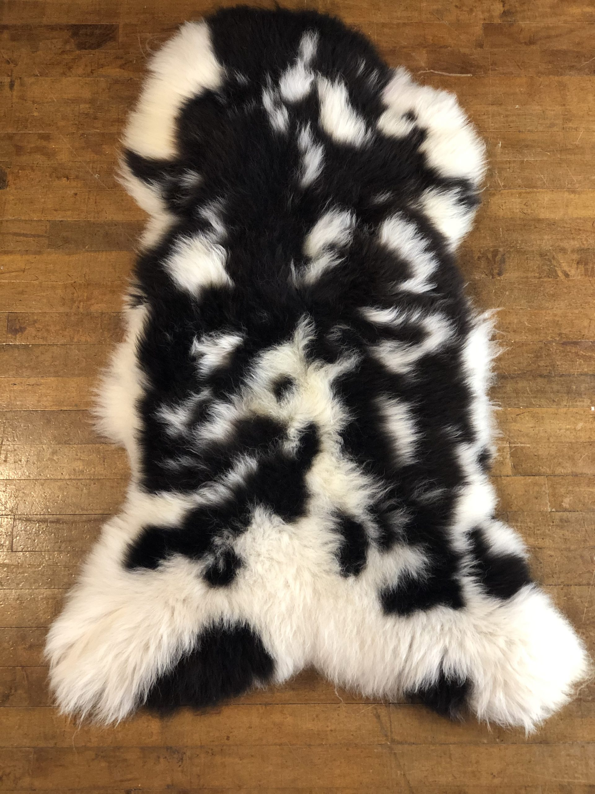 Natural Jacobs Sheepskin Rug